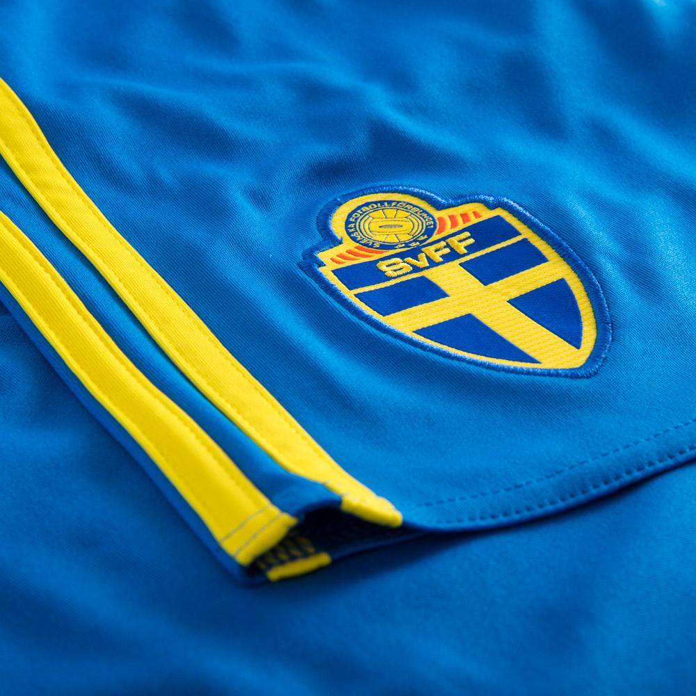 schweden adidas herren heim fu ball fan shorts hose aa0448. Black Bedroom Furniture Sets. Home Design Ideas