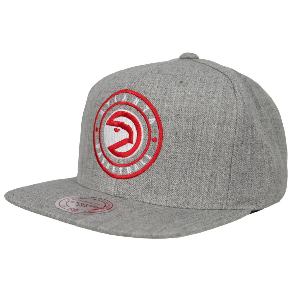 698151dcc13 Mitchell   Ness NBA Circle Patch Cap Basketball Fan Cap Leisure ...