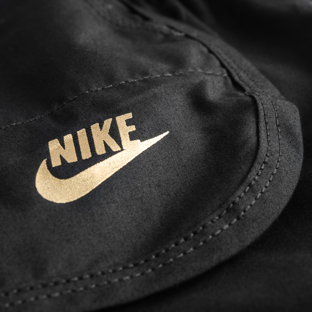 Nike Essential Plus Fitnessshort voor meisjes 373197 010