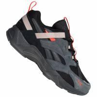 Reebok Classics Aztrek 96 Adventure Sneaker EG8917
